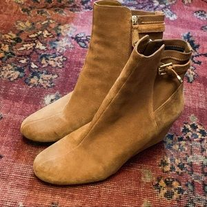 Isaac Mizrahi Shoes - Isaac Mizrahi Live! 11 tan suede leather booties